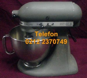 2. El Kitchenaid Mikser